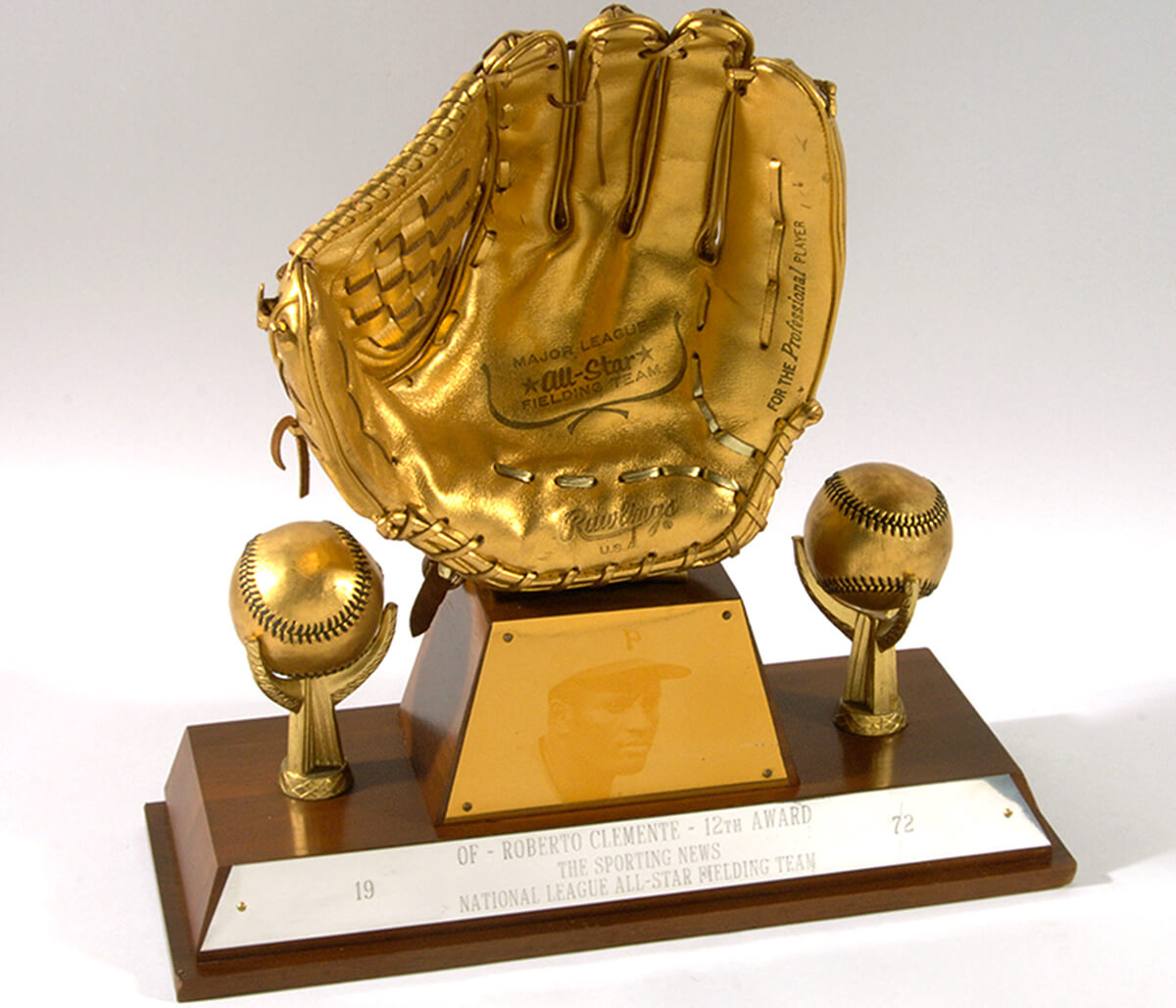 new product 130b8 37dc1 Clemente Awards Gallery - Roberto Clemente Foundation